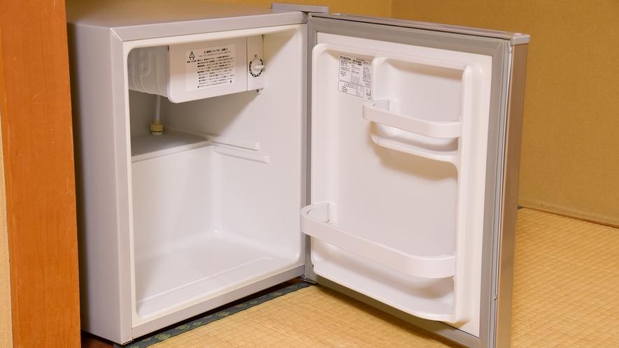 *部屋設備 -冷蔵庫