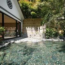 ■ 露天風呂 山奥の秘境の湯を存分にご満喫!