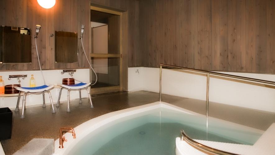 ■温泉「美女つくりの湯」貸切風呂(バリアフリー) 山奥の秘境の湯を存分にご満喫!
