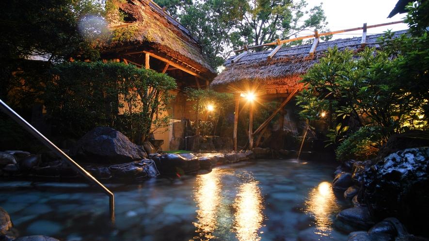 【大浴場】夜‐露天風呂