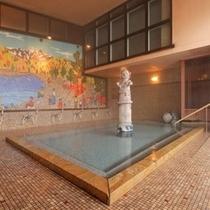 【山下清画伯の大壁画風呂 はにわ風呂】本邦唯一!大壁画「大峰沼と谷川岳」を眺める内風呂です。