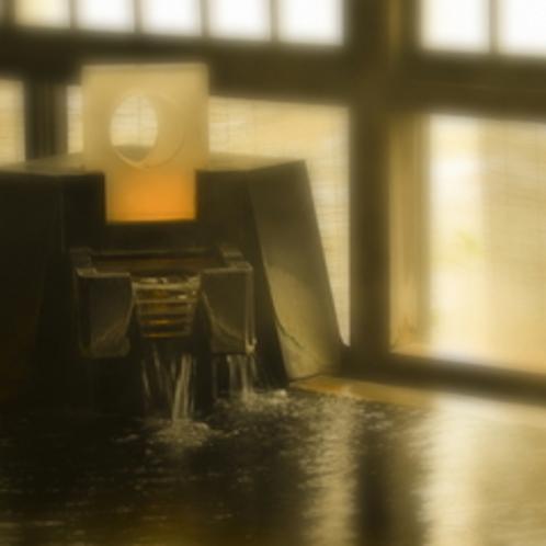 【内風呂 かわせみの湯】約17年の歳月を経て、今日湧き出る天然温泉「上牧温泉」