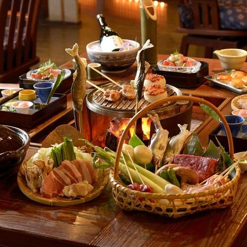 旬の食材をふんだんに使用した人気料理「炭火山里料理」