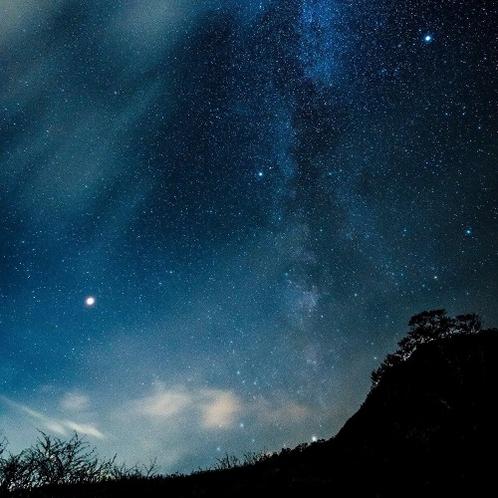 天空のナイトクルージング