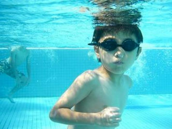 【プール】夏シーズンには屋外プールもオープン!楽しい夏休み♪