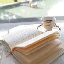 ≪コーヒーショップイメージ≫静かな館内はゆっくり読書するにも最適