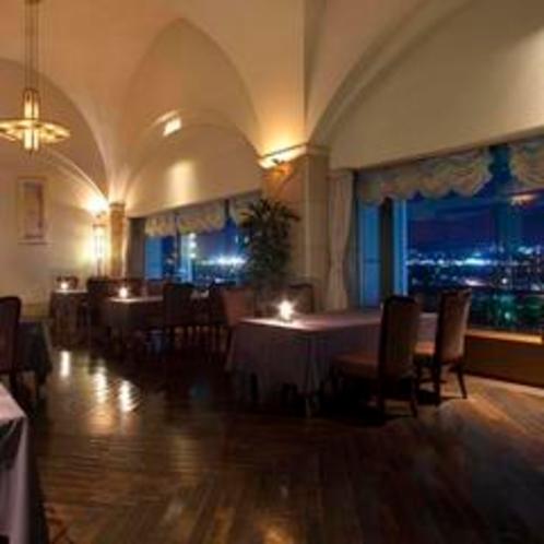 ≪ワインバー≫夜景を眺めながら、上質な大人時間を…
