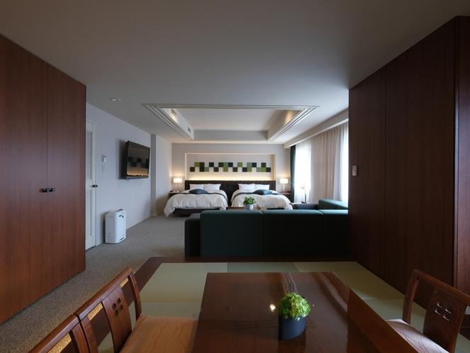 和洋室(76.5㎡) 2019年リニューアル ベッドエリアと憩いの和室を備えた広々空間