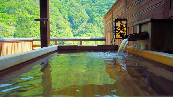 【本館・露天風呂付き客室 檜】風情と趣ある和室13.5畳