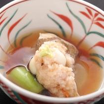 【旬味の一品】秋の旬菜と地魚の白身魚蒸しは、富山湾の秋の味力そのもの。