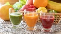 【朝食/スムージー】その日に1番美味しそうな新鮮野菜やフルーツをセレクト!食欲のない朝も手軽に栄養♪