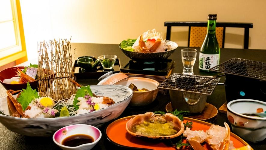 料理長が厳選した食材を用い、素材の味を活かした会席料理に舌鼓。ここでしか味わえないお料理をどうぞ。