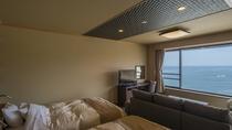 オーシャンスイート「HOKUTO」のベッドルーム。