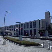 ■ロゼシアター(お車で10分) 富士市文化会館