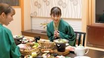 【お食事】お部屋食の風景