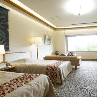 <禁煙>庭園を望む最上階客室【洋室ツインルーム】