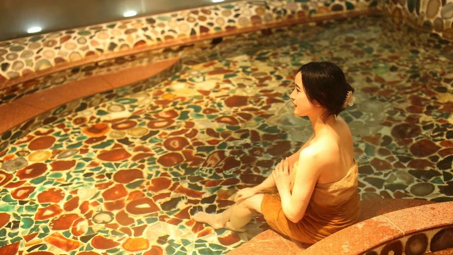 女神の湯「めのう風呂」