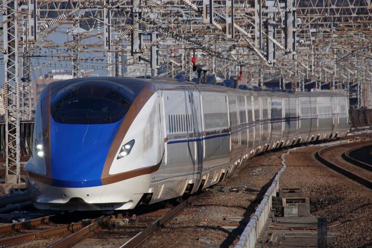 高崎駅には(北陸・上越)新幹線が停車します