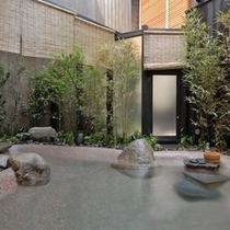 ■2008年4月オープン:露天風呂『春宵の湯』