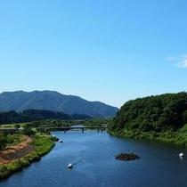 【外観】胎内川を望む景色のいいホテル