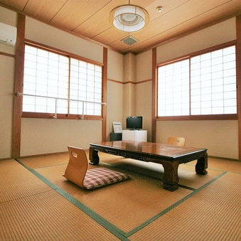 和室8畳_2F角部屋【無料駐車場・客室Wi-Fi完備】