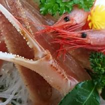 【カニ刺し】口の中でとろける♪タグ付地蟹を使用