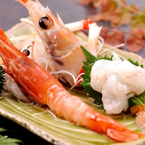 【料理】季節の夕食一例(アカザエビとボタンエビのお造り)