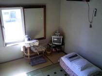 【禁煙】和室4.5畳(バス・トイレなし)の一例