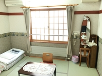 【禁煙】和室6畳(バス・トイレ付)