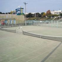 夜間照明付きテニスコート(有料)