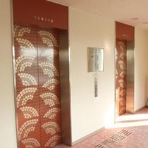 館内一例:エレベーター