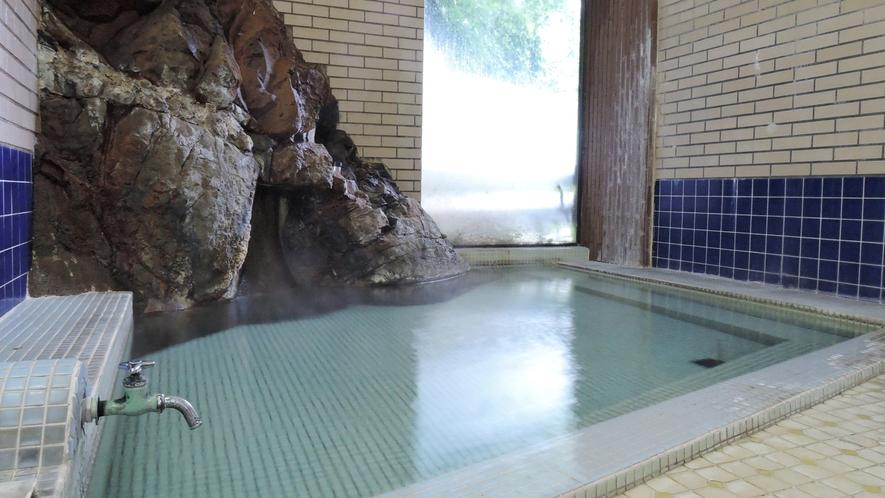 *男女別内湯/泉質の良さは「日本秘湯を守る会」のお墨付き!本物の温泉を堪能してください。