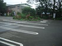 三山センター駐車場