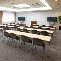◆2階にある会議室(研修などに使用できます)