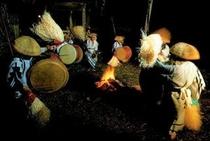 椿山地区での平家伝説ゆかりの 椿山太鼓おどり