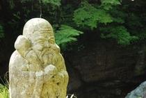 中津渓谷には七福神 つまり七つの神様が住んでいる 探してみてね