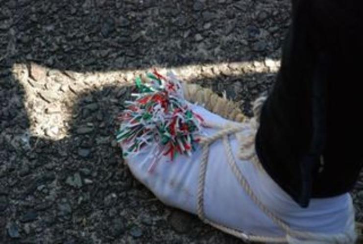 2012秋葉まつりギャラリー 足もとも鮮やかです!
