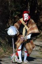 2012秋葉まつりギャラリー を盛り上げるユニークなキャラクターがこの「油売り」