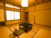お部屋(秋風:8畳)