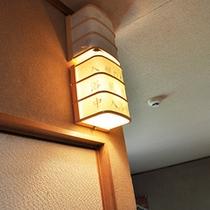 ■貸切風呂利用中はランプが点灯します