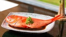 お料理一例(金目鯛の姿煮つけ)