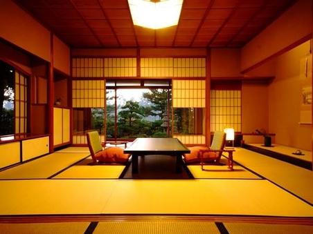 日本三景天橋立を一望 「龍燈」の間