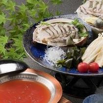 【夏 料理一例】天然鮑のしゃぶしゃぶ