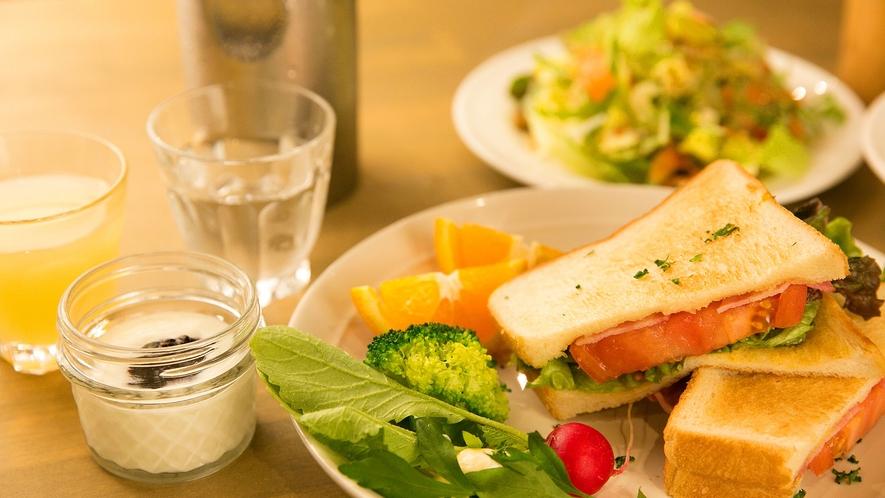 ・食事_朝食一例
