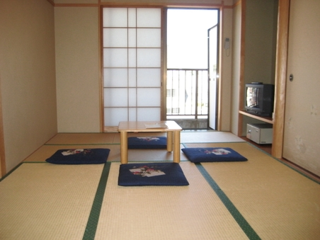 和室7.5畳(素泊まり)