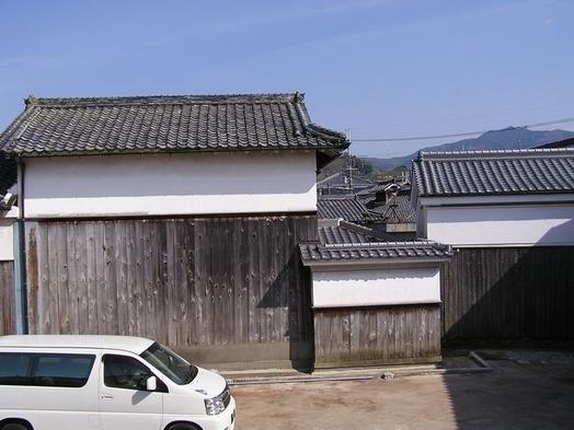 地元名産柿の葉寿司の朝食と徒歩3分の古民家レストラン夕食クーポン付き