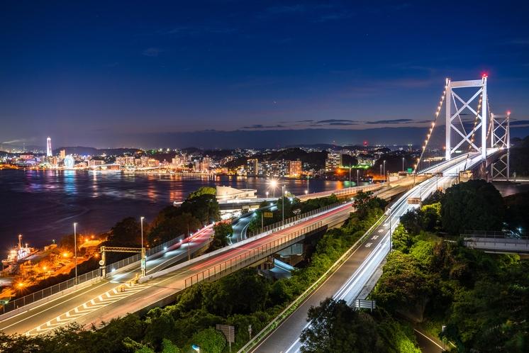 関門橋の夜景・めかり公園より