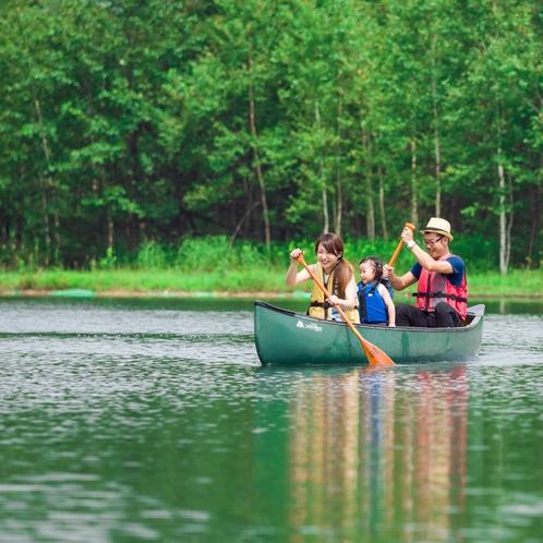 新内池で手軽に体験カヌー