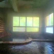 *【知内温泉 内湯 下の湯】豊富な湯量で優れた薬効がある知内温泉