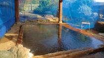 *【混浴露天風呂】開湯およそ800年を誇る北海道の最古の温泉湯量も豊富です。